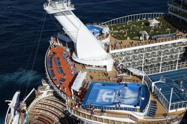 worlds-biggest-cruise-ship-allure-of-the-seas-royal-carribean-8