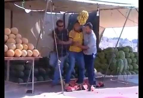 فيديو: كاميرا خفية بالأردن تجعل بائع فواكه يفقد عقله !!